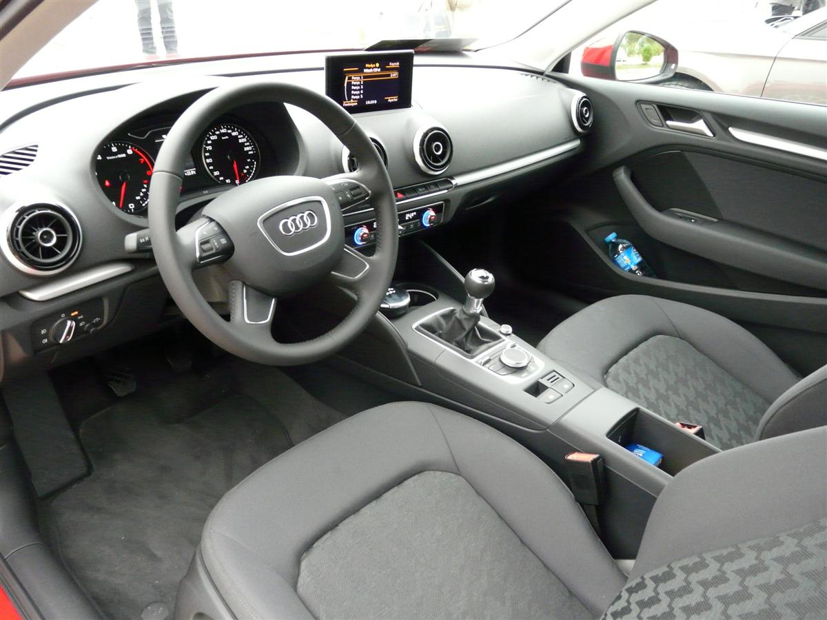 Audi+A3+1.4+TFSI+Attraction+1.JPG