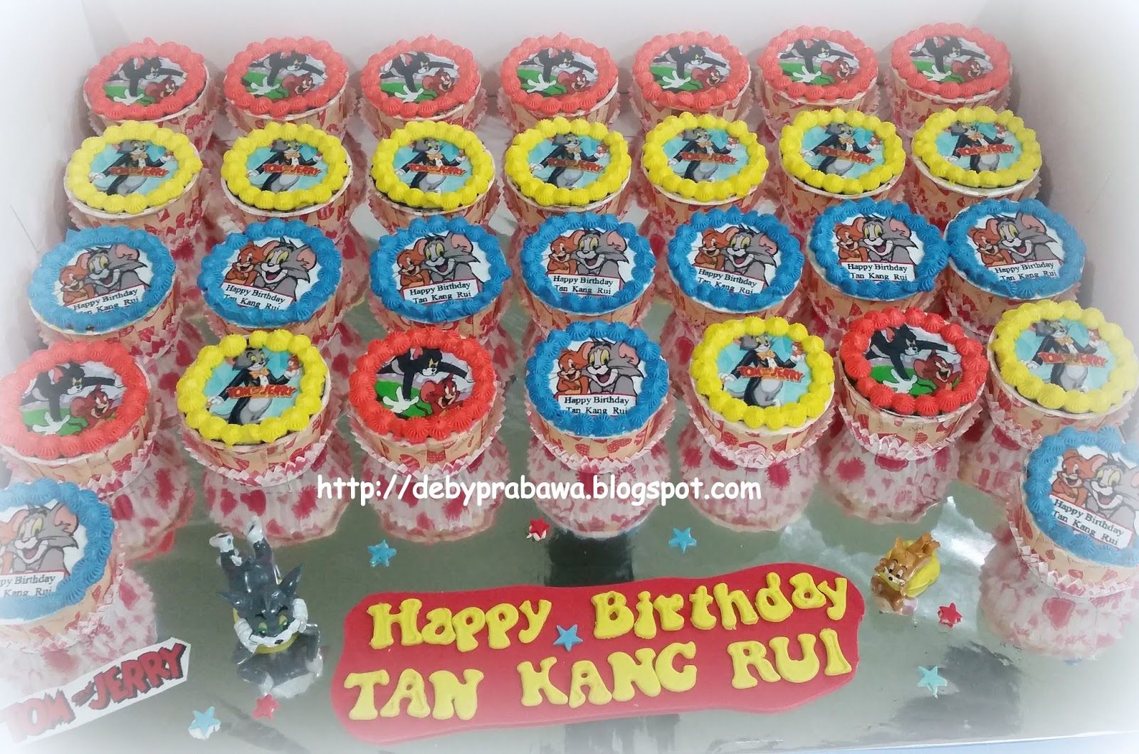 Butterfly Cake Tom and Jerry Cupcakes