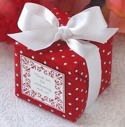 Pakej Doorgift atau Goodies Kek Coklat Moist