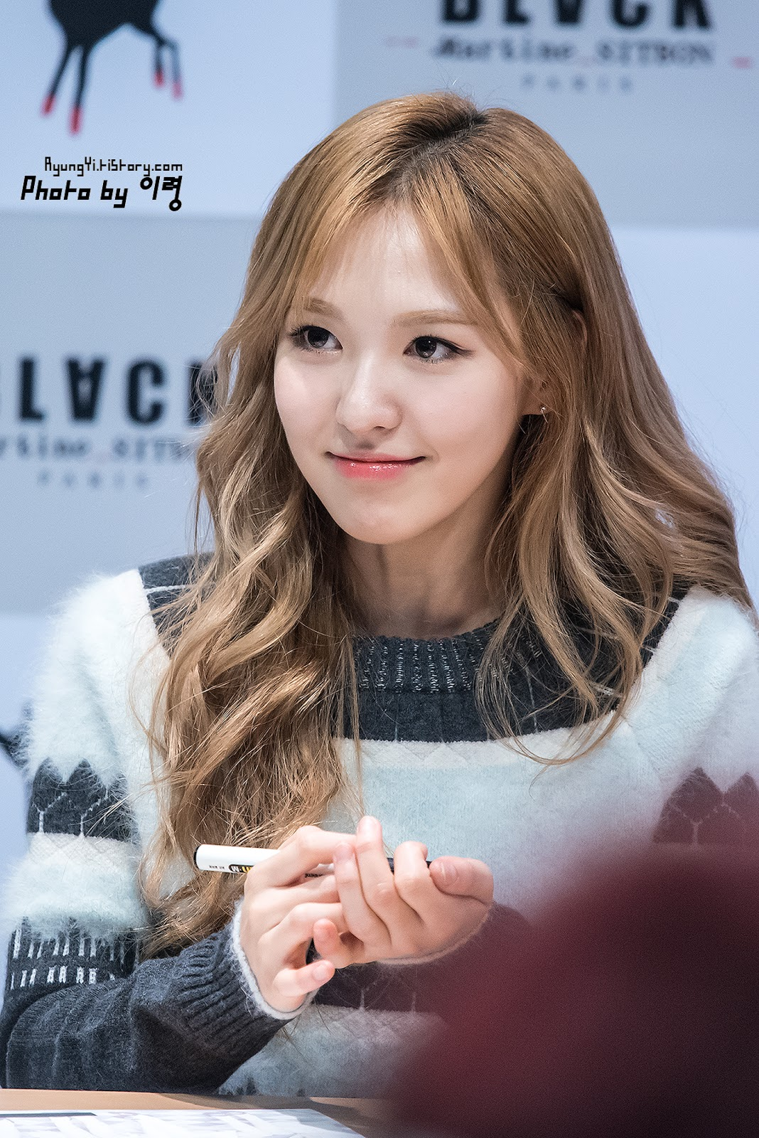 I Love Red Velvet Wendy Rv Black Martin Sitbon Fansign