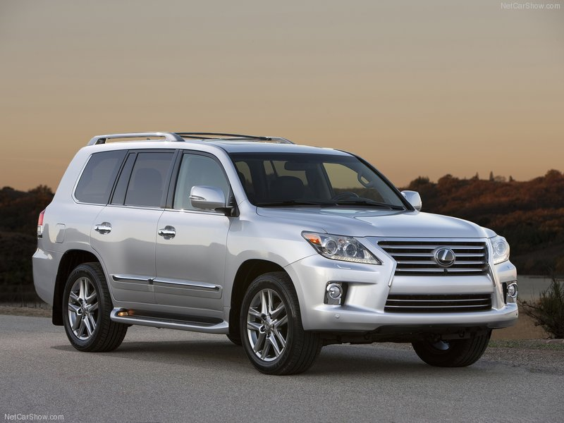 2013 Lexus LX 570 New Look