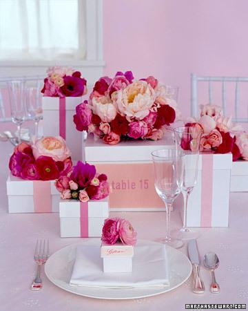 Cajas y flores