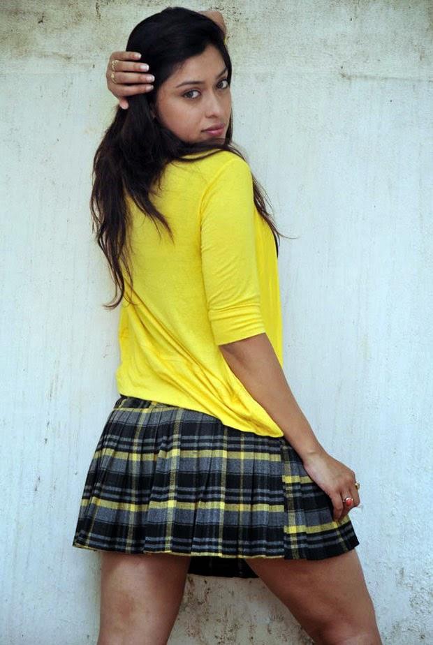 Payal Ghosh long hairs wet dresses hot pics 2014