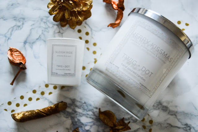 Twig and Dot Merry Kissmas Candle Review