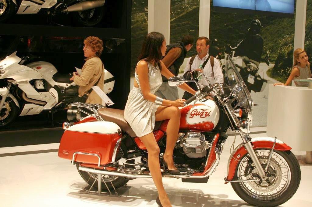 Moto Guzzi California 90 Show room Bikes