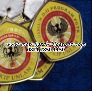 Medali Stiker Transparan