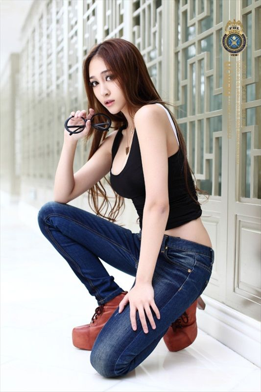 Foto Yuan Ting-Ting Super Model China Tercantik