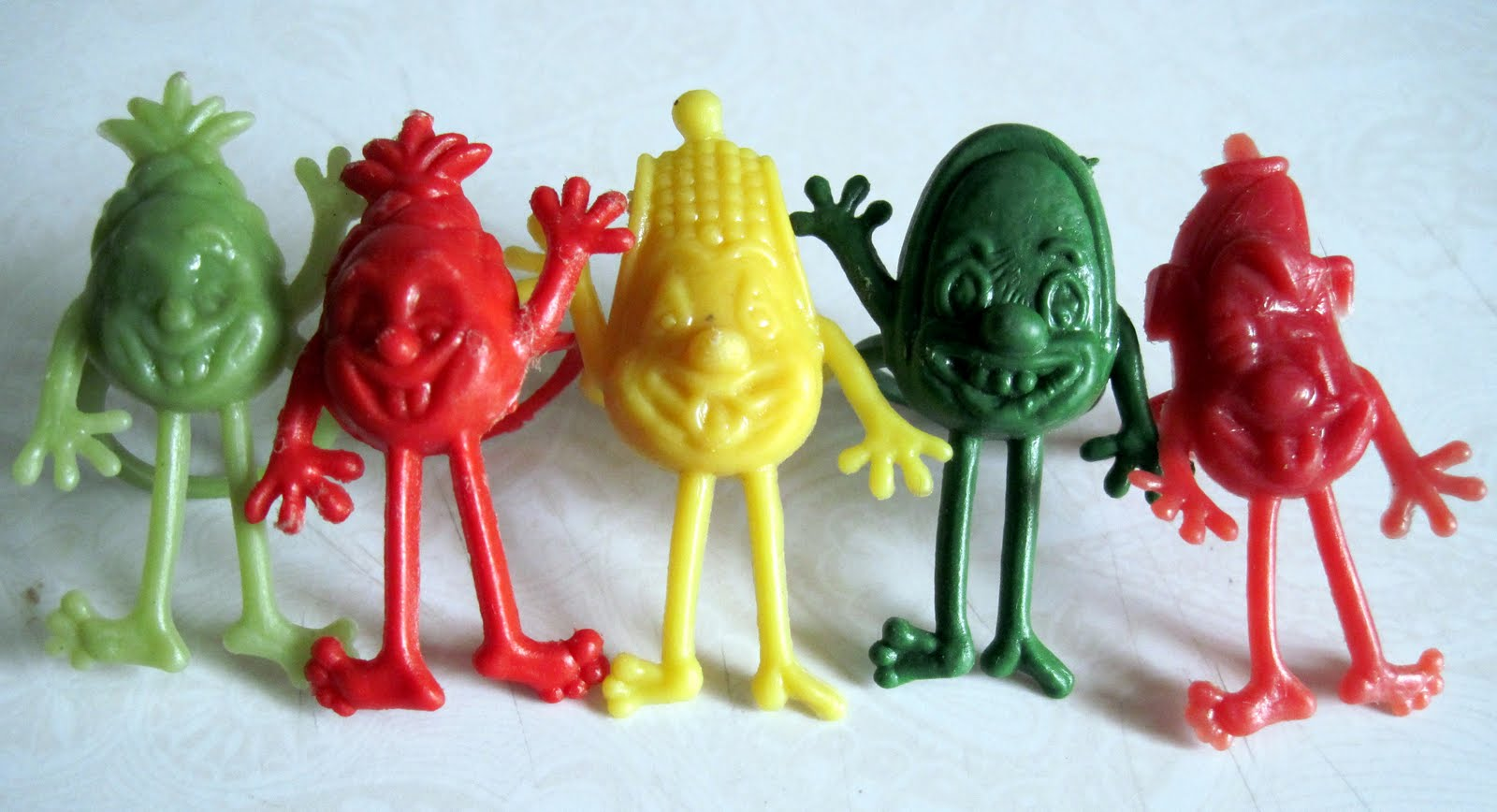 vintage gumball machine toys
