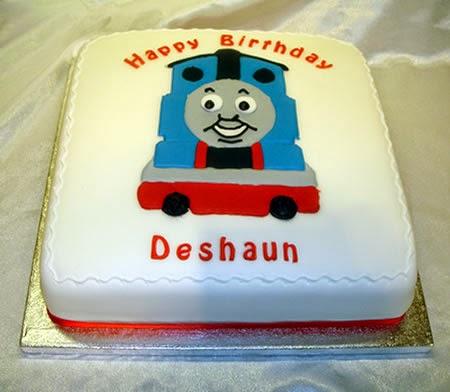 kue ulang tahun untuk anak berbentuk karakter film kartun kereta ...