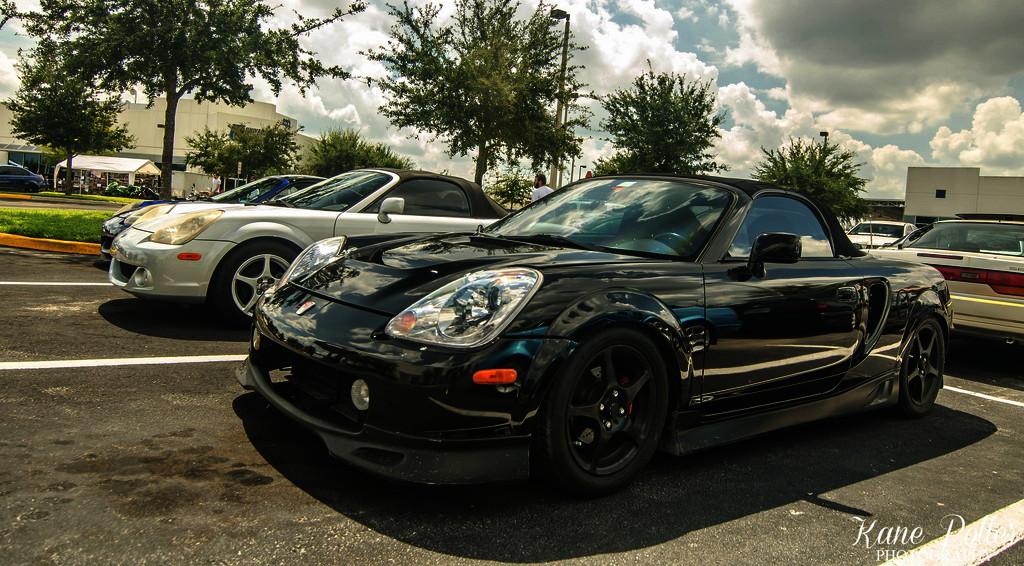 Toyota MR2 W30, spyder, japońskie sportowe auto, tuning, 1999, 2007, jdm, czarna, design, ciekawy, agresywny