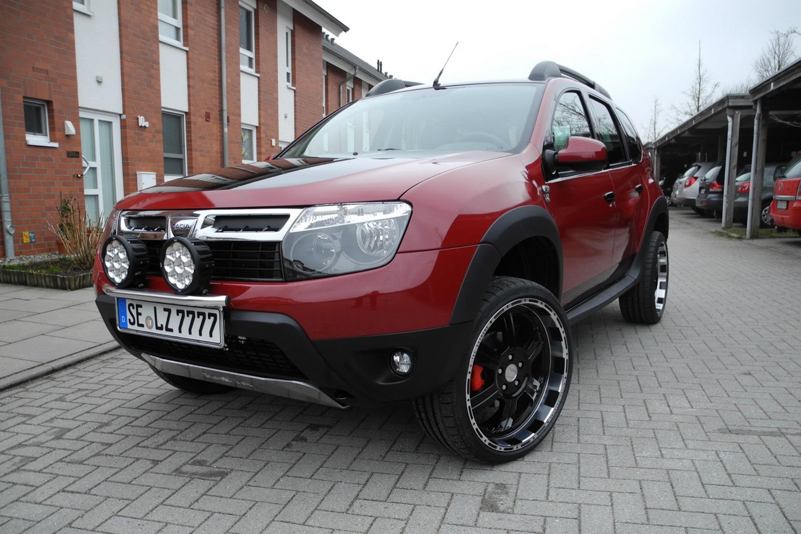 davide458italia dacia duster admirable by lzparts. Black Bedroom Furniture Sets. Home Design Ideas
