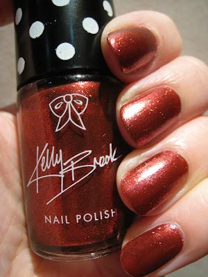 Kelly-Brook-nail-polish-New-Look