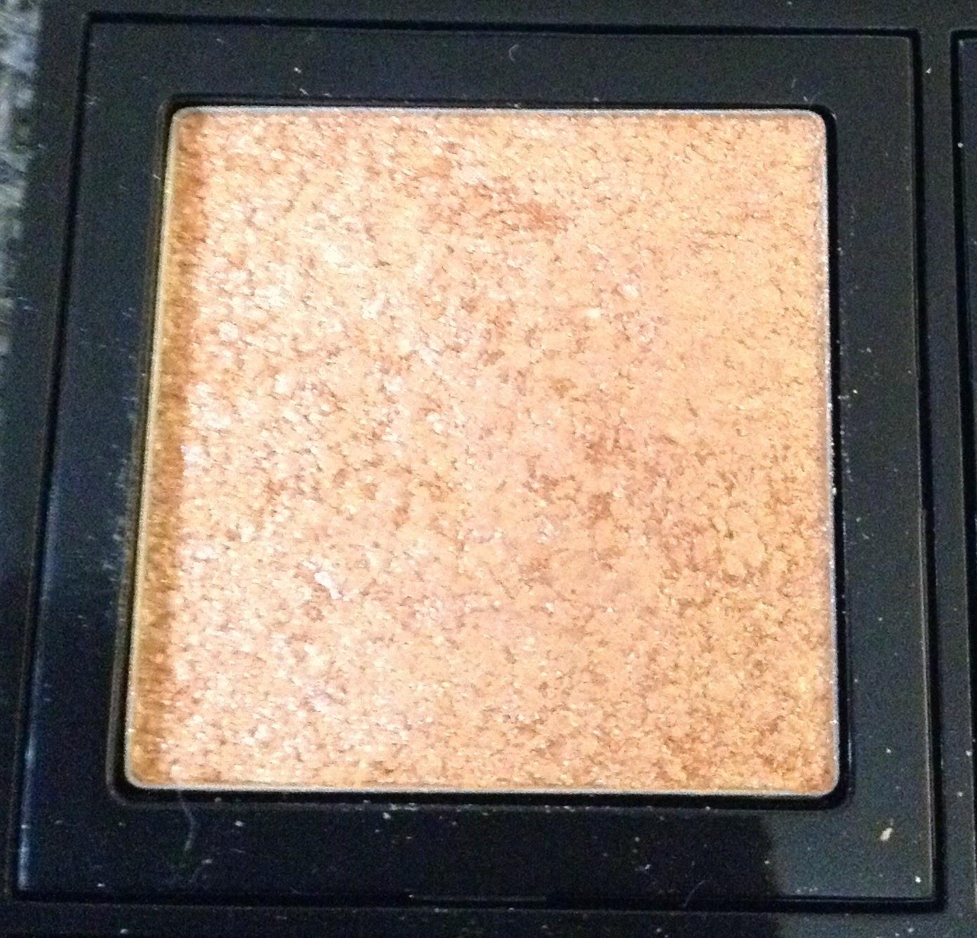 Review Bobbi Brown Sparkle Eye Shadow Baby Peach Silver Moon