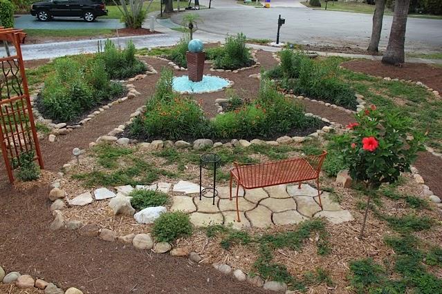 Florida native plant society blog keyhole garden in for Keyhole garden designs