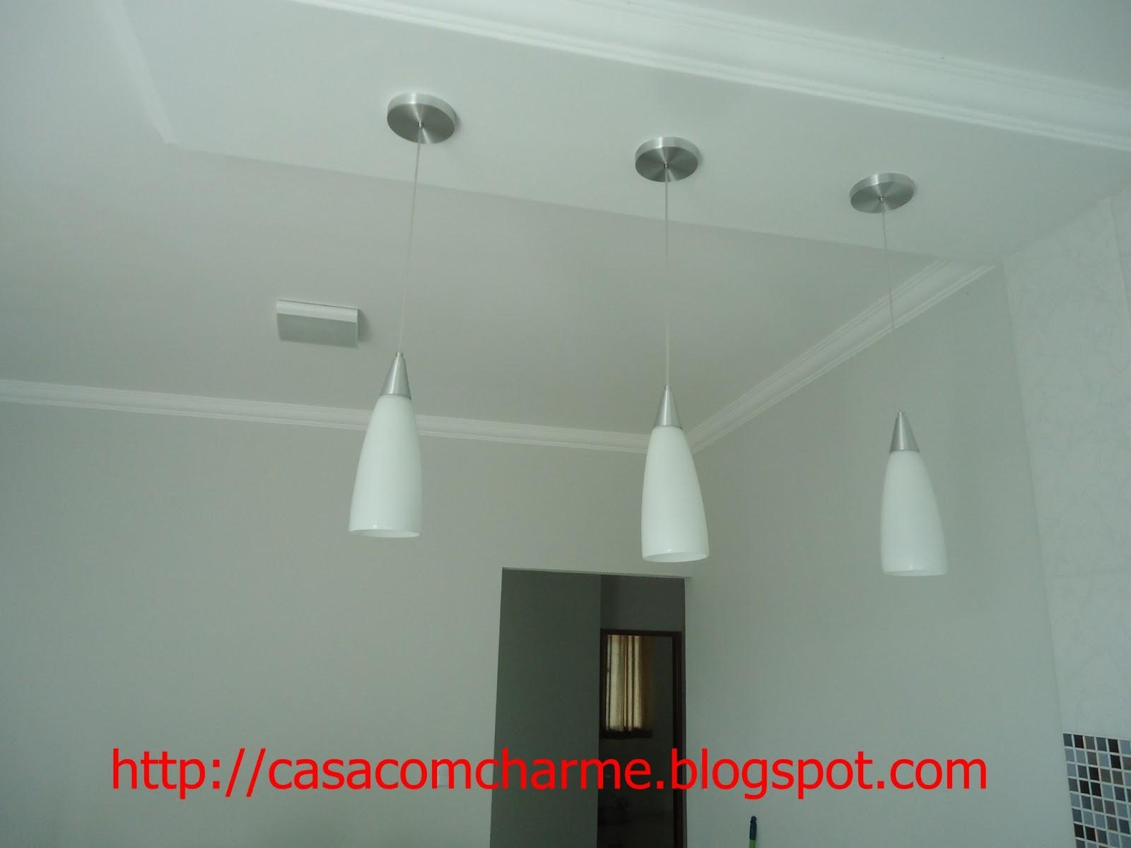 Meus lindos pendentes da cozinha ficam acima do balcão #B31A18 1600 1200
