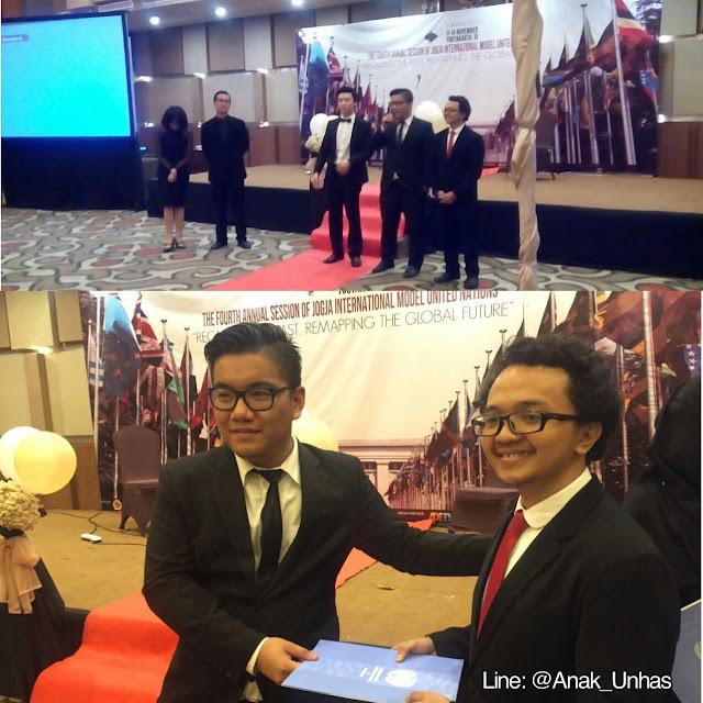 Delegasi UNHAS Meraih Best Position Paper Award di Kompetisi Internasional