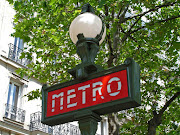 . 1901 when it was created by the designer of Paris's Metro stations. (paris metro sign blog)