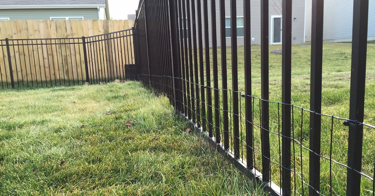 Diy Keep Small Dog In Yard With Welded Wire Aluminum Fence