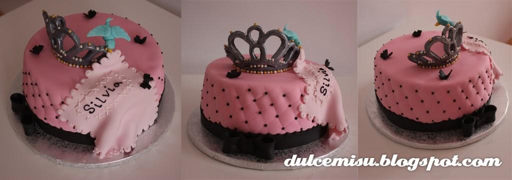tarta, despedida de soltera, plumas, fondant, dulcemisu, repostería creativa, princesa, cenicienta, corona