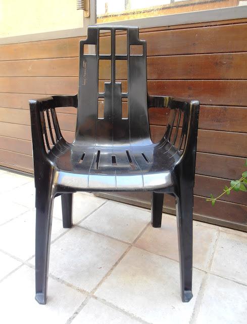 n 39 hi ha per a llogar cadires piere paulin henry massonnet. Black Bedroom Furniture Sets. Home Design Ideas