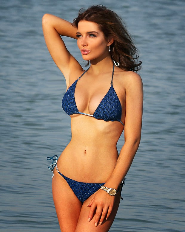 Hot celebrity Bikini: busty Helen Flanagan – Blue Bikini Photoshoot in Dubai