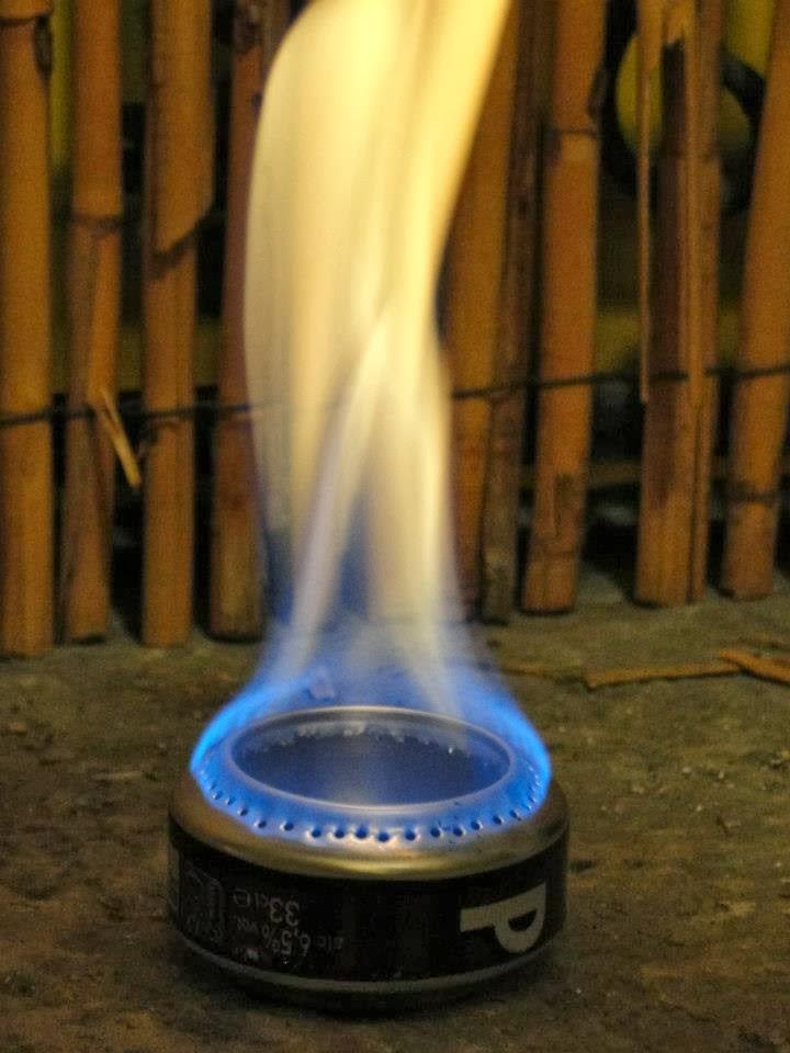 sobrevivir en la crisis hornillo lata para alcohol de quemar. Black Bedroom Furniture Sets. Home Design Ideas