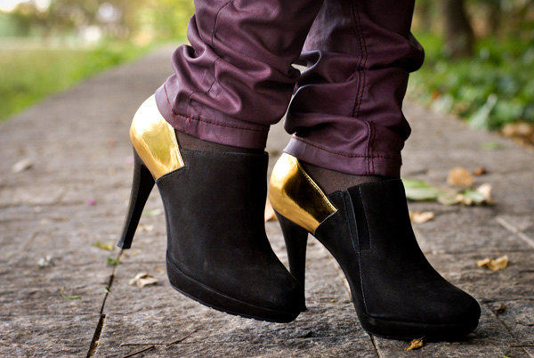 VIDEO TAG: Confissões de uma viciada em sapatos! - tendência ankle boot preta - bota de salto cano curto