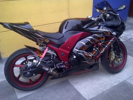 modif ninja 250 hitam terbaru