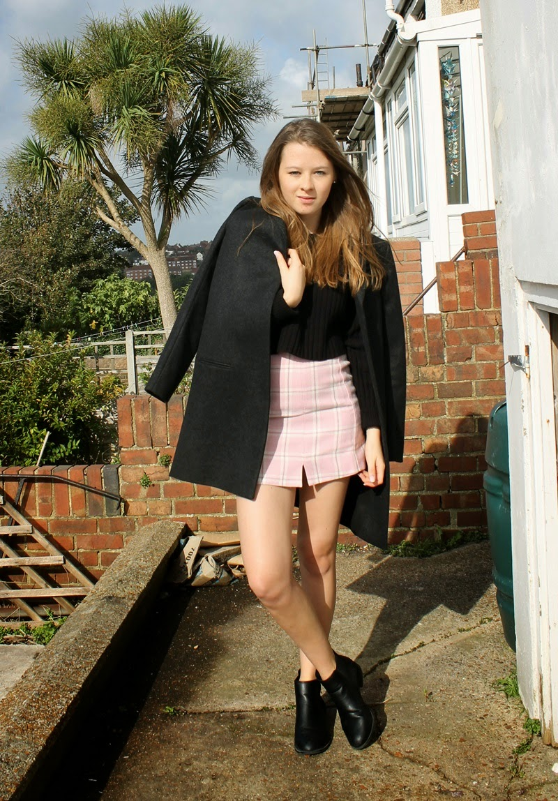 skirt, clueless, coat, cos, new look, outfit, blogger, autumn, fashion, ootd, checkered, pink, grey, fall, style, monki,
