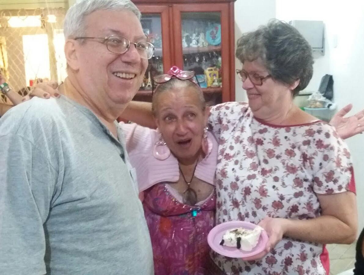 Com meu irmão e cunhada: meus grandes companheiros