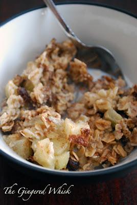 Apple Cinnamon Baked Oatmeal  - The Gingered Whisk