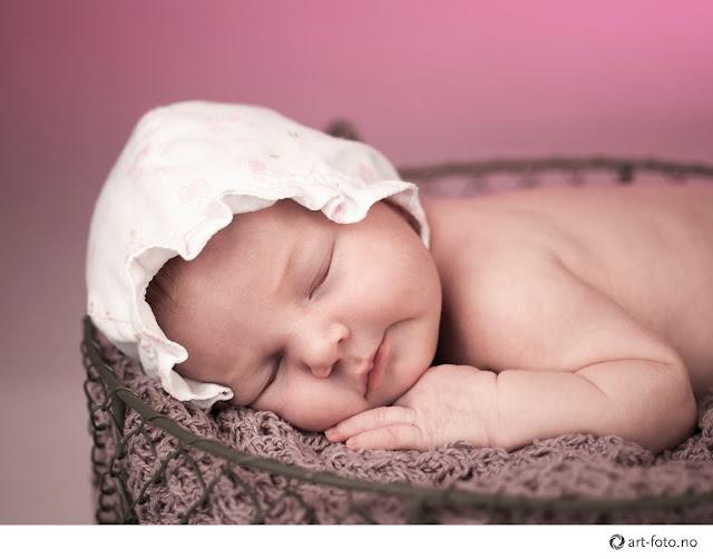 Mal for blogg - Nyfødt fotografering