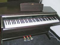 Azpianonews review digital pianos under 2000 for 2014 for Yamaha clavinova clp 200 price