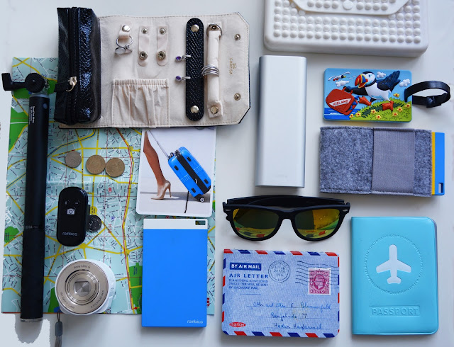 travel blogger neccessaties