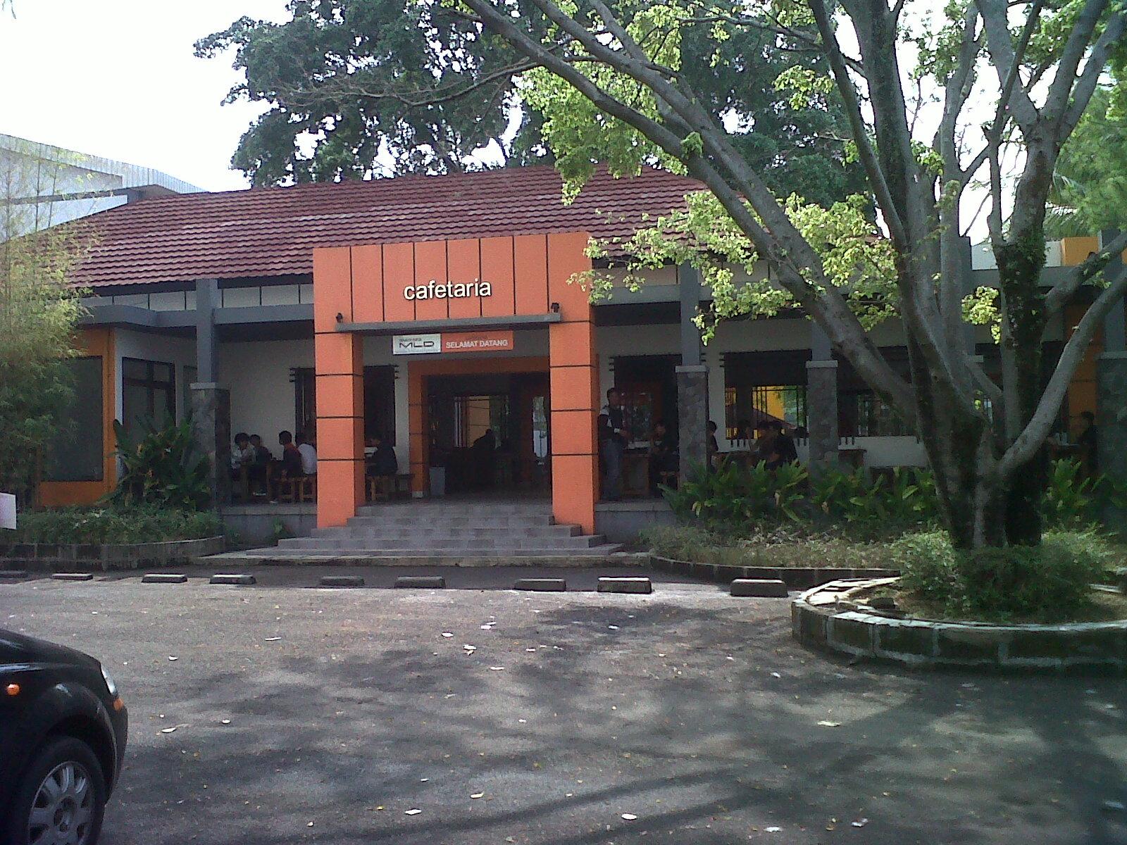 Hesti Purwadinata Bugil Jpg Download Gambar / Foto | Zonatri ...