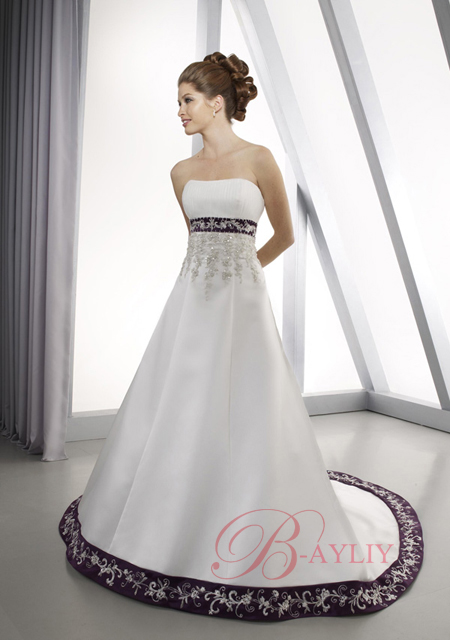 Wedding gowns with color for Color embroidered wedding dress