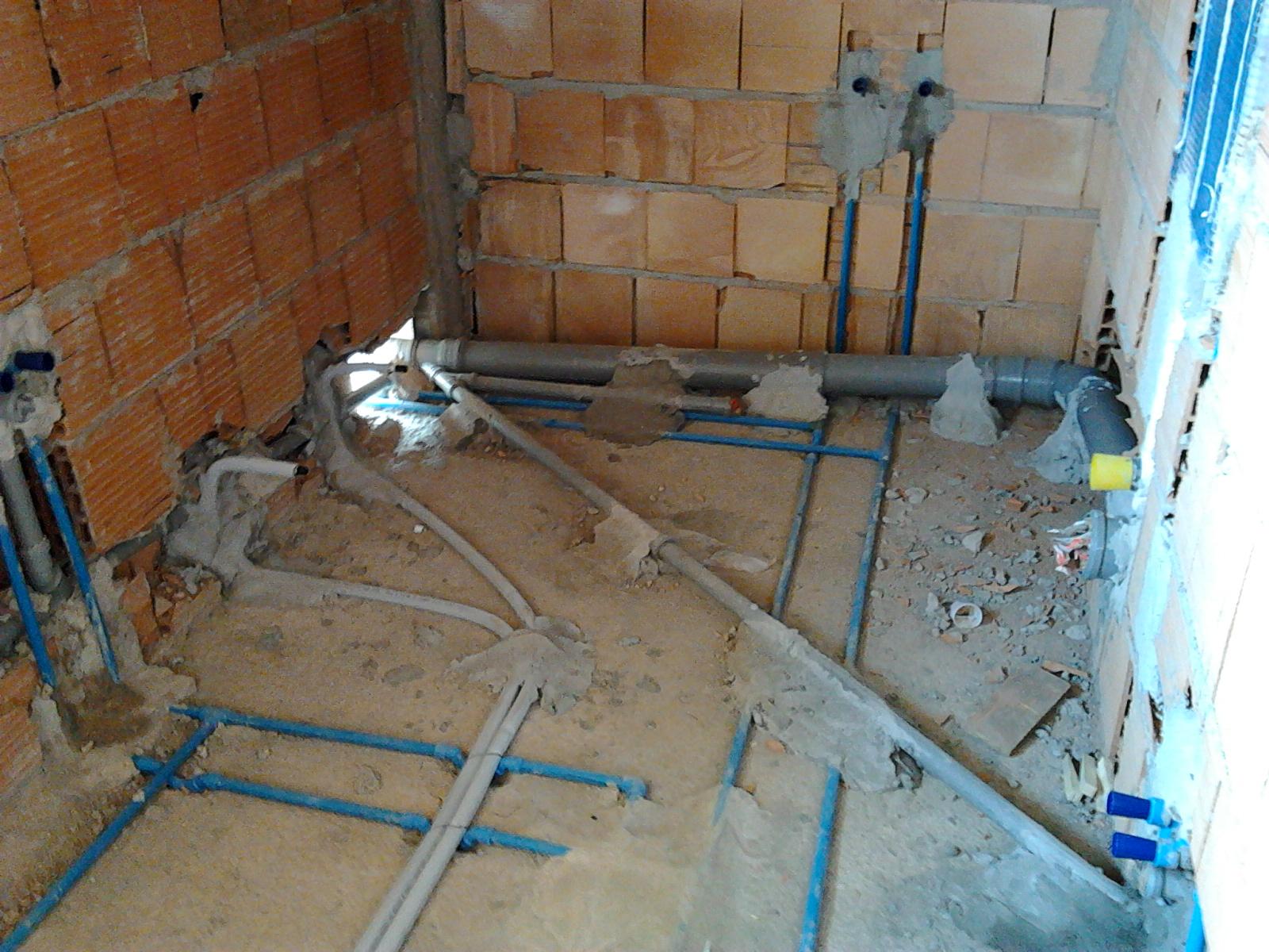 Il blog dell 39 idraulico collettore ottone - Impianto di scarico bagno ...