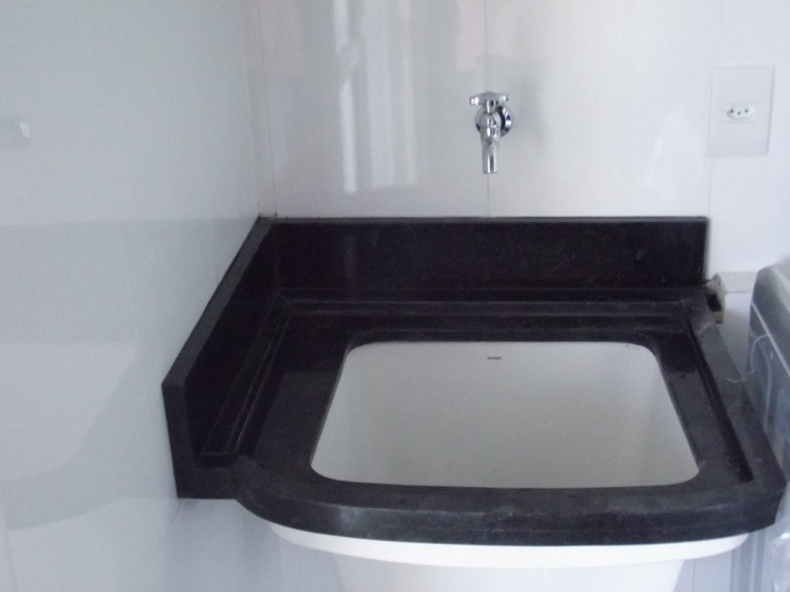 #25232C Balcão tipo cozinha americana em Granito Preto São Gabriel 1600x1200 px Bancada De Cozinha Americana Olx #1377 imagens