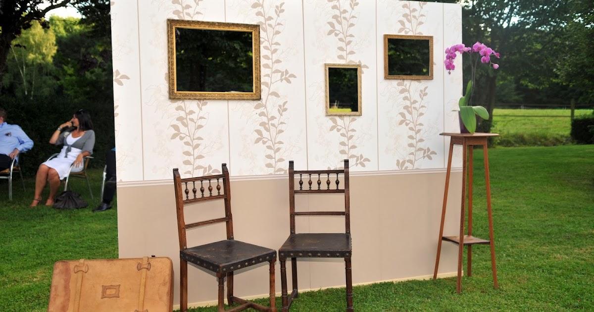 d cor lie d cor photo booth. Black Bedroom Furniture Sets. Home Design Ideas