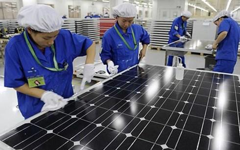 Việt Nam quan tâm đến việc phát triển năng lượng tái tạo, trong đó có năng lượng mặt trời. (Ảnh: KT).