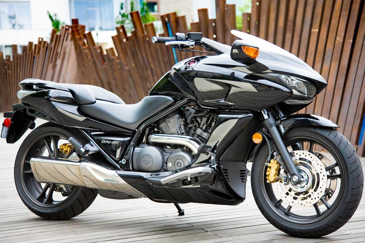 2011 Honda DN-01 - Moto.ZombDrive.COM