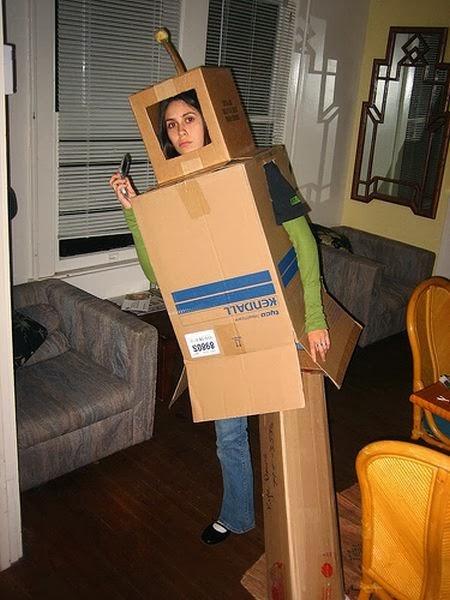 Как сделать костюм из коробок