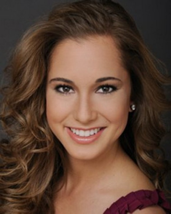 Jennifer Sedler was crowned Miss Arizona 2011