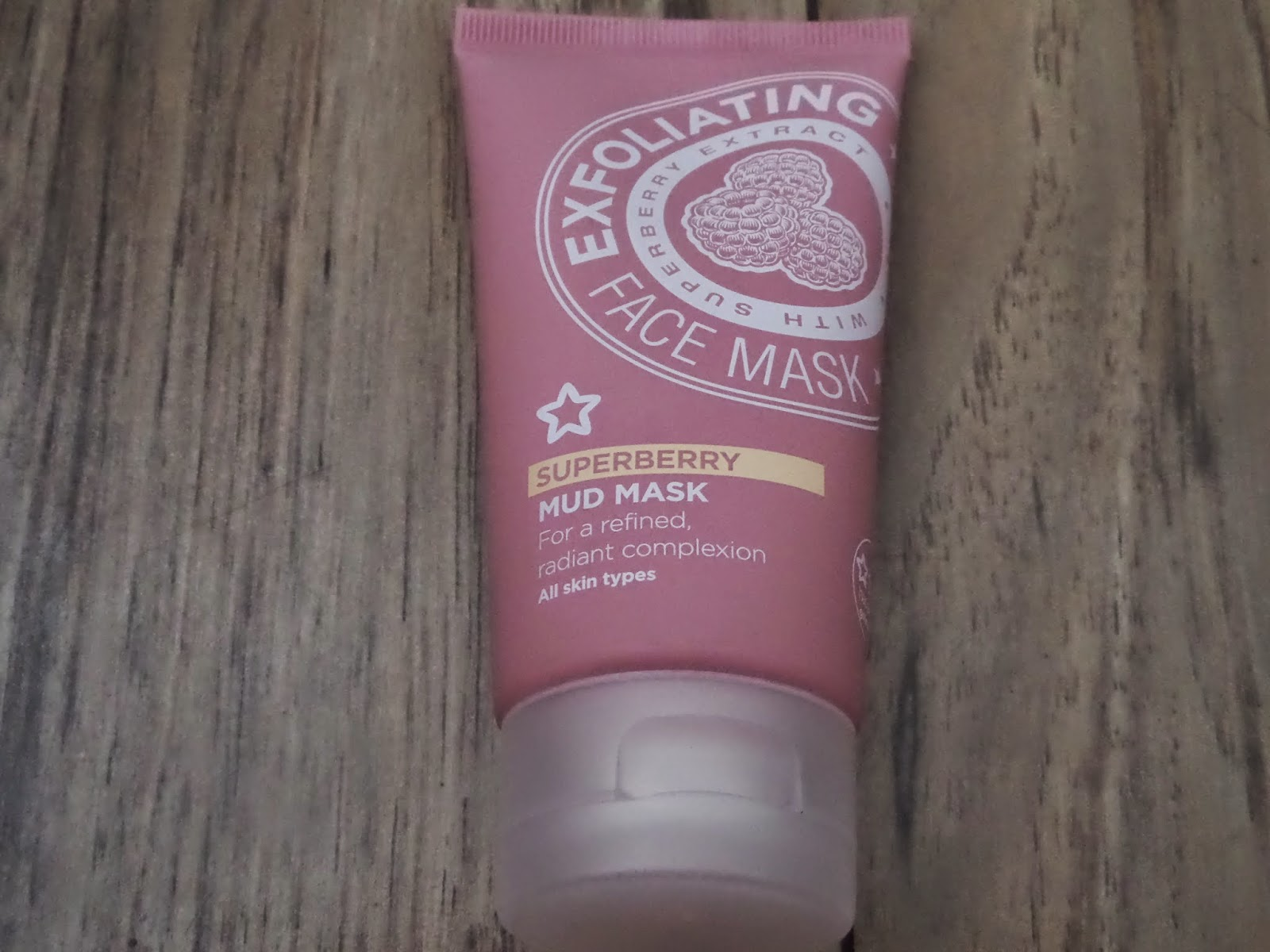 Superdrug Superberry Mud Mask Exfoliator