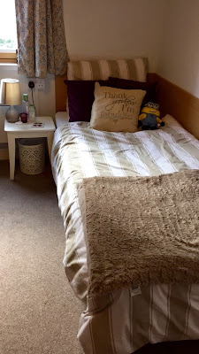 bedroom, halls, student life, student village, uni, university, bedding, room inspo, room inspiration, university bedroom, uni room, uni room inspo, uni room inspiration,