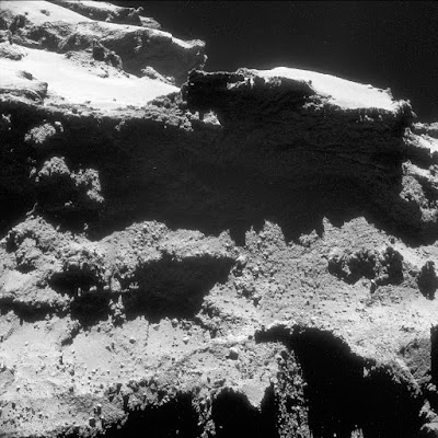 Изображение кометы 67P/Чурюмова-Герасименко, сделанное 27 октября 2014г