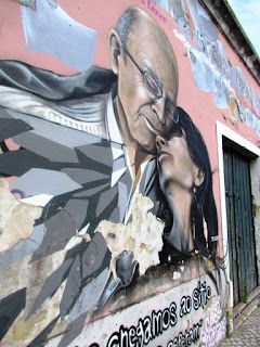 explore, Alfama, must see, top 10, city break, free, best, street art, faces, Lisbon, graffiti, wall, painting, tourist, Portugal, Lisbon, walk