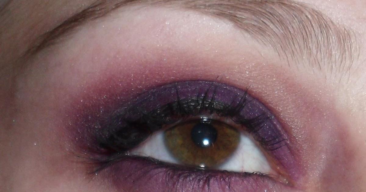 Luhivys Favorite Things Halloween Makeup Tormented Vampire Eyes