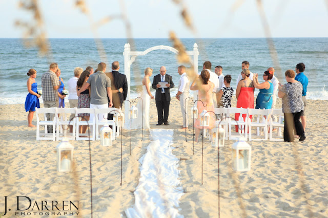 photo of An Emerald Isle beach wedding in North Carolina
