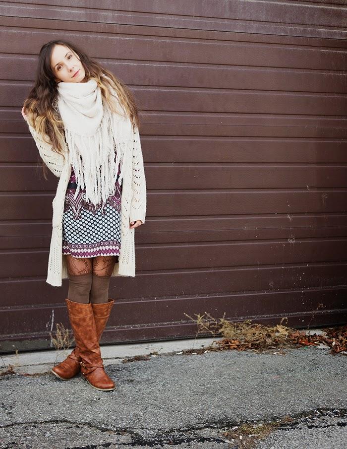 Cardigan-fringe-scarf-boho